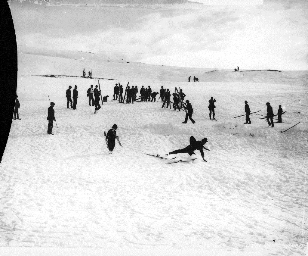 Come to grief, Kiandra Snow Races, by Charles Kerry, from Wikimedia Commons.